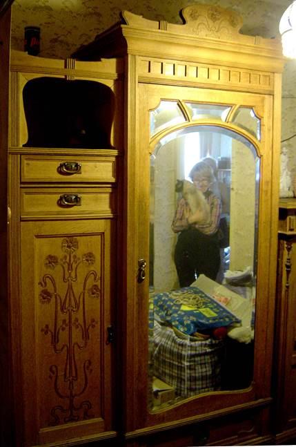 Реставрация старинного шкафа
