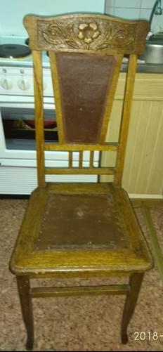 Продам старые стулья