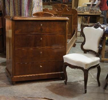 Ремонт и реставрация старинной мебели. Фото. Консультация реставратора бесплатно.