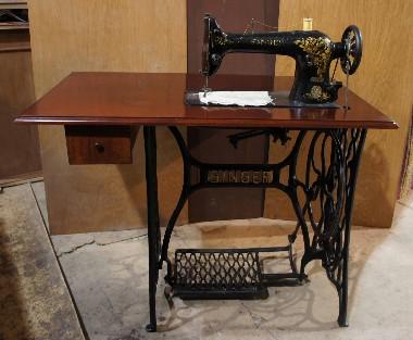 Ремонт и реставрация старой, старинной, антикварной швейной машинки. Доставка, гарантия 3 года. Выезд мастера.