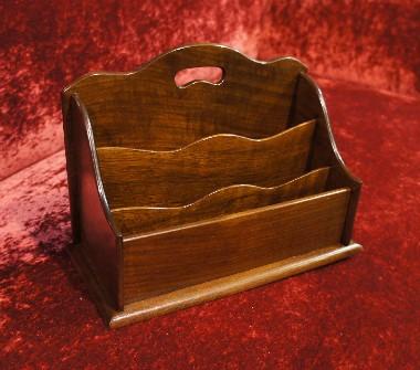 Ремонт старинных шкатулок, шкатулочек, газетниц, коробочек из массива дерева.