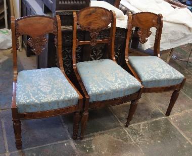 Музейная реставрация старинной мебели красного дерева. полировка шеллаком.