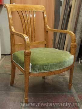 Кресло карельская берёза. Полировка шеллак