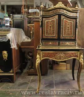 Французская мебель.Бюро