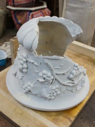 Реставрация мраморной вазы