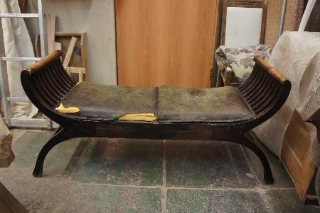 Замена кожи на сиденье