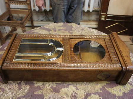 Корпус старинные часы стекло