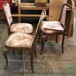 Обить стулья