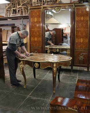 реставрации антикварной мебели
