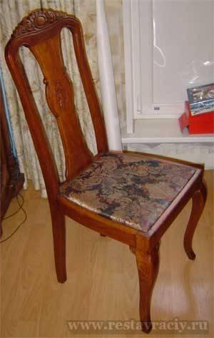 4 дубовых стула