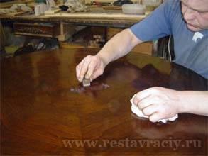 Восстановление покрытия мебели