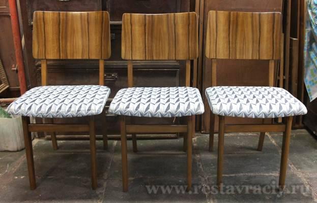 Подпись к картинке Реставрация стульев 50, 60