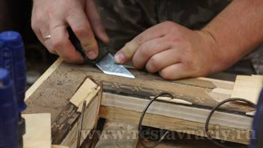 Отреставрировать деревянное