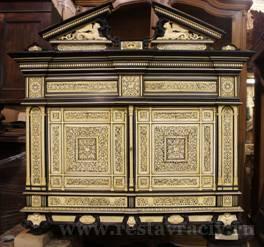 Мебель декорированная костью